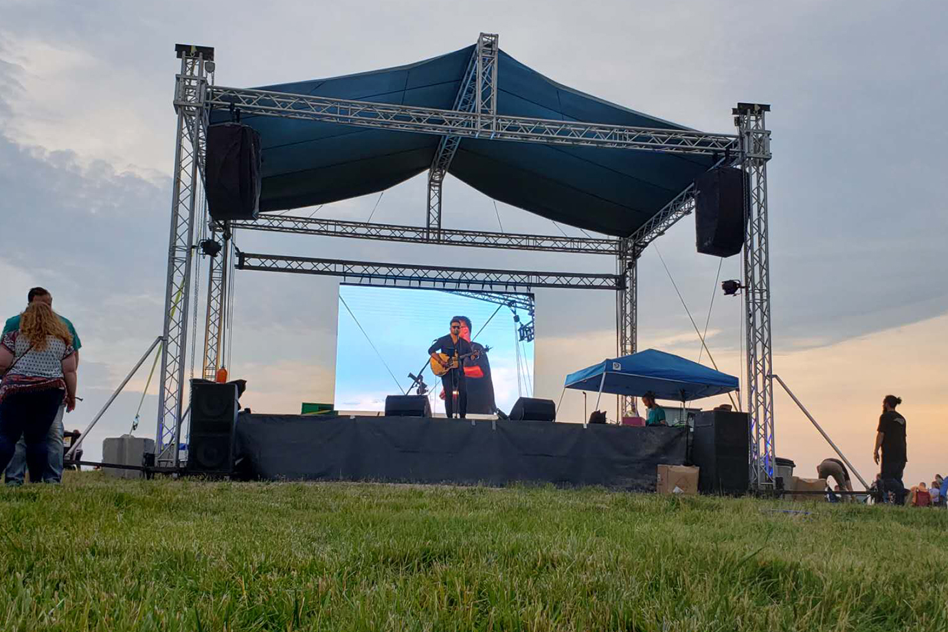Outdoor RX390 Rental LED WALL in US